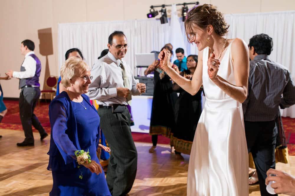 Wedding Photographer Madison WI - http://www.uedaphotography.com